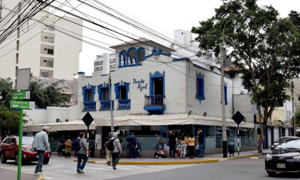 restaurant-punto-azul-lima