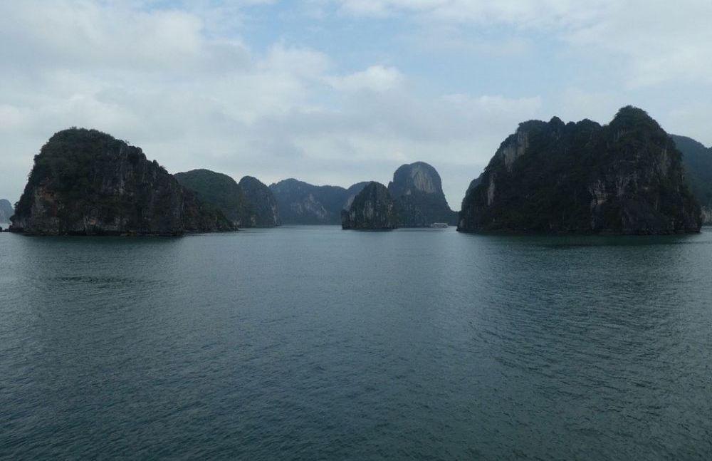 la-paci-cruises-halong-bucht