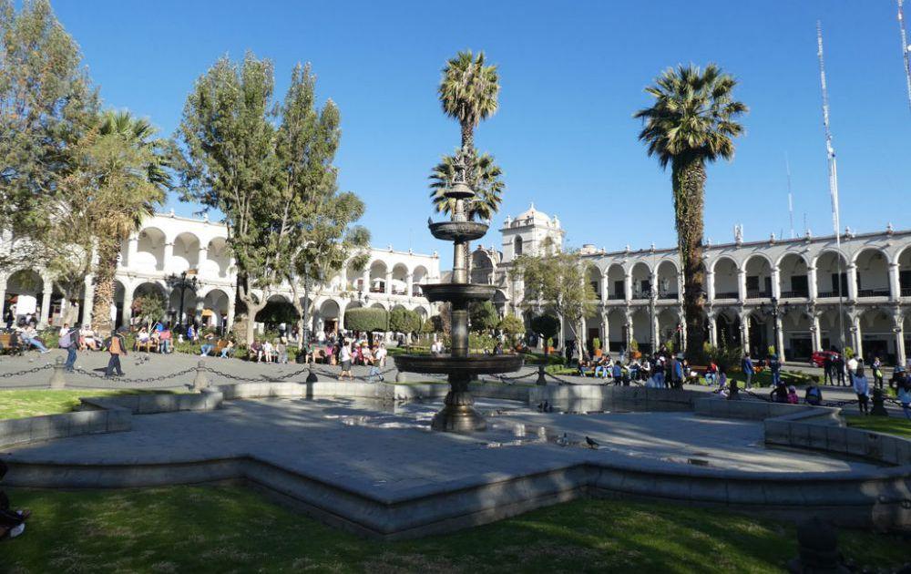 plaza-de-armas-arequipa