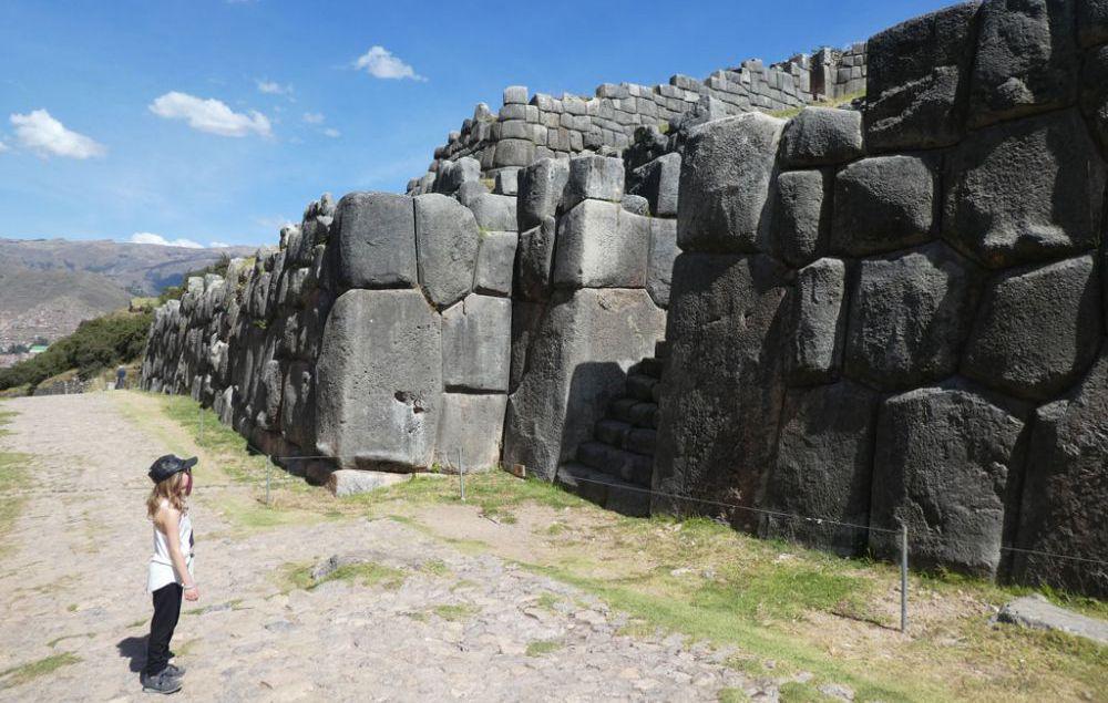sacsayhuaman-cusco-peru-2