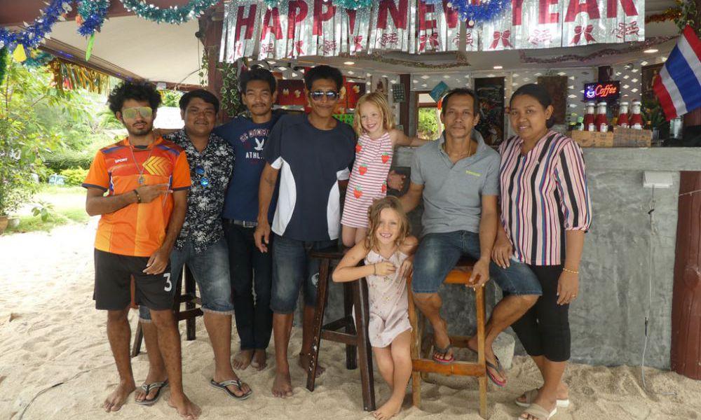 team-ibiza-bungalows-koh-phangan