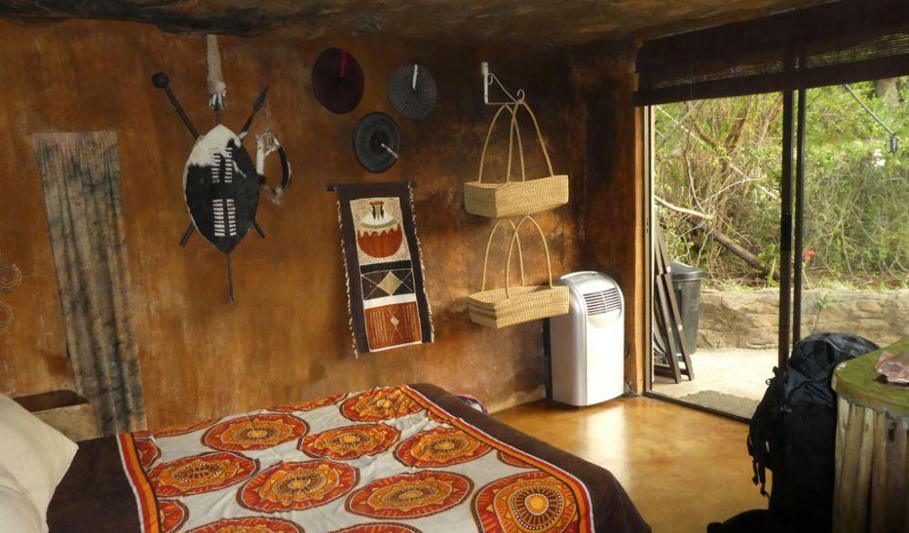 zulu-hut-winterton-drakensberge-4