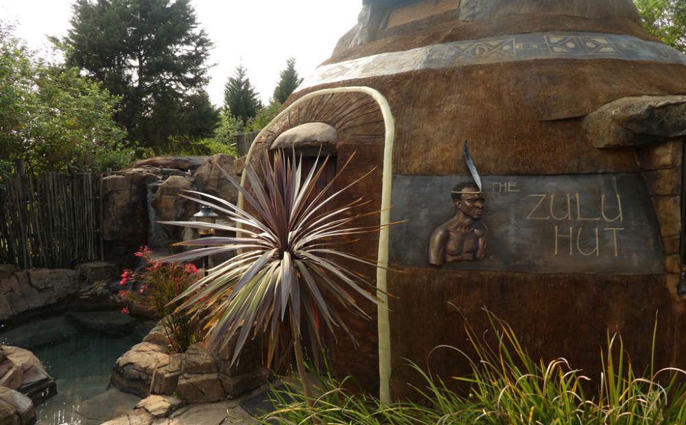 zulu-hut-winterton-drakensberge